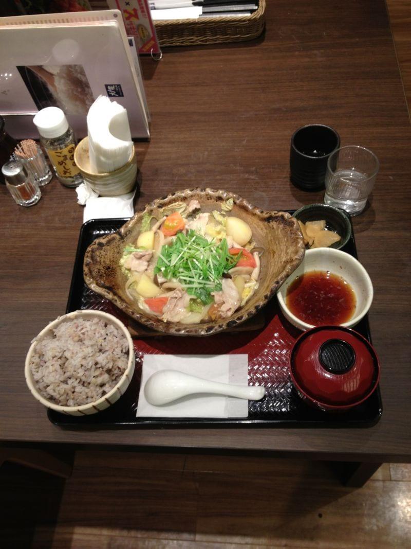 大戸屋 ごはん処 新宿イーストサイドスクエア店