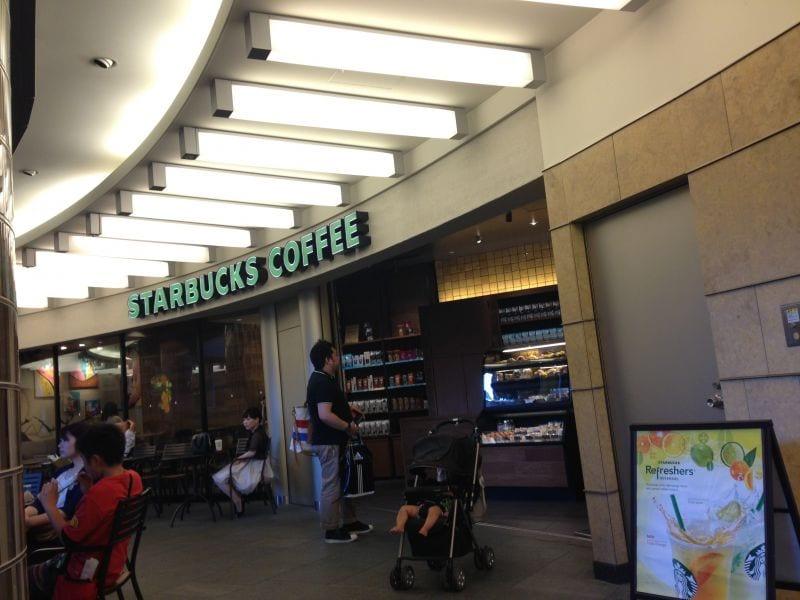 スターバックスコーヒー メトロハットハリウッドプラザ店