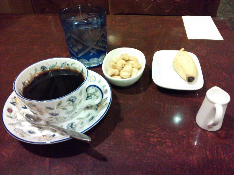 カフェ アルル cafe arles