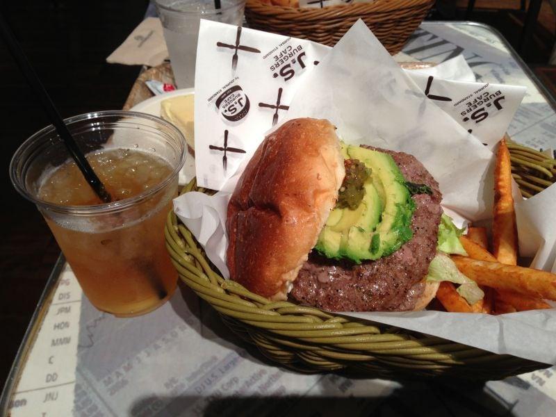 J.S.BURGERS CAFE 新宿店