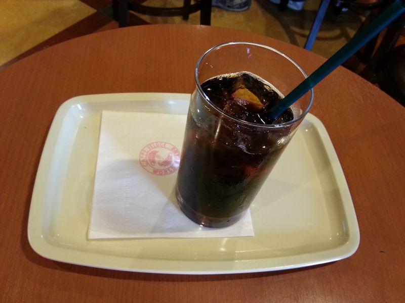 カフェ・ベローチェ 室町三丁目店