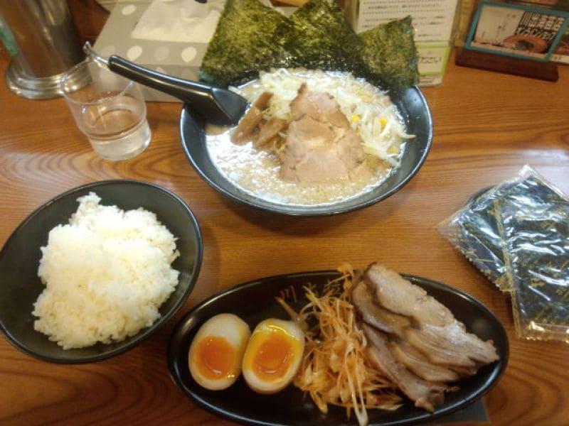 川出拉麺店