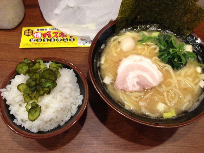 横浜家系ラーメン 池袋商店