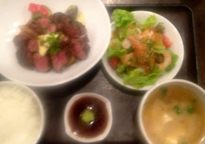 PLATINUM FISH 白金魚 神谷町店