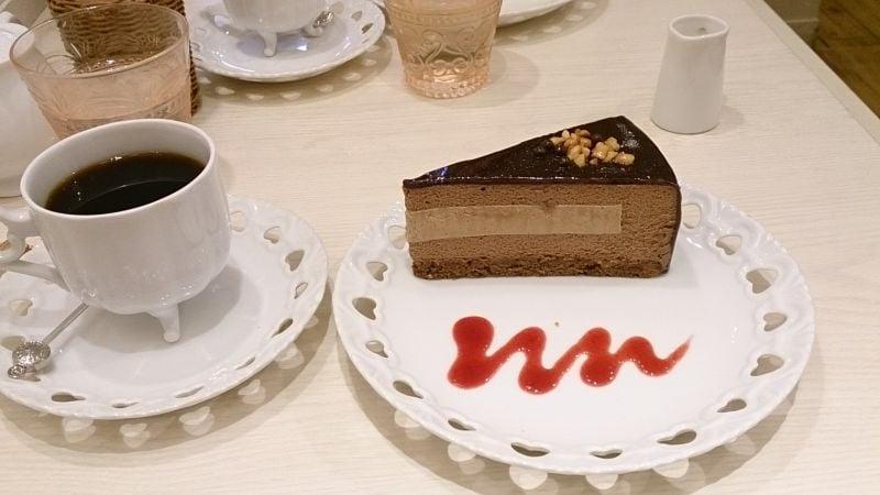 お菓子の国のアリスカフェ 新宿ミロード店