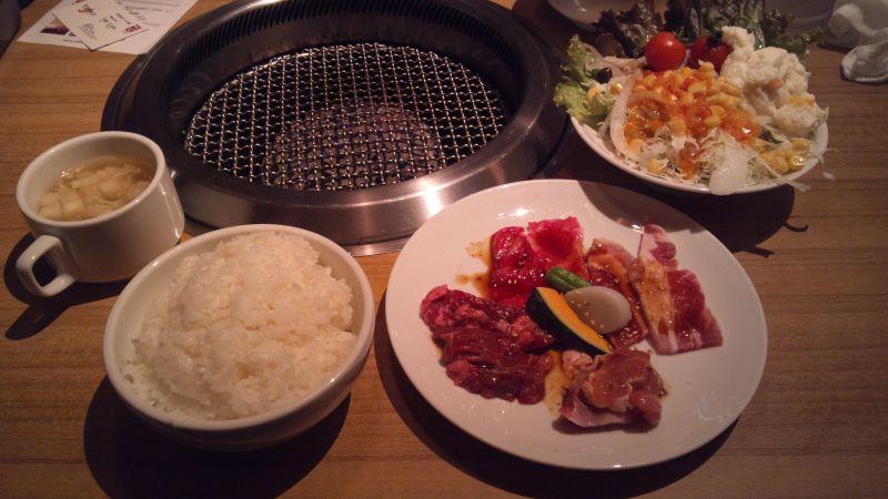 美食焼肉 トラジ 葉菜 西新宿店の口コミ