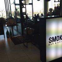 SMOKE BAR&GRILL
