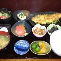 定食屋 咲咲 新宿