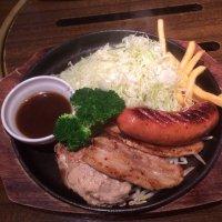 和牛塩焼肉 ブラックホール 新宿三丁目店