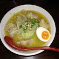 ラーメン 鶏料理 水炊き 駿