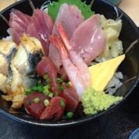 海鮮どんぶり 銀八丼 銀座店
