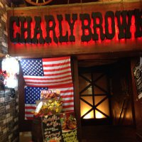 CHARLY BROWN 梅田店