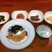 韓国海鮮料理専門 海雲台