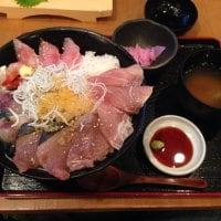 海鮮丼&深海魚料理 DONどこ丼 沼津港 港八十三番地店